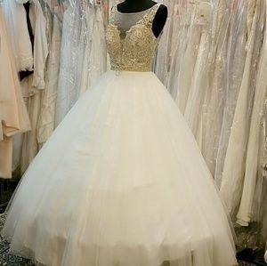 Dresses & Skirts - ❄Snow Queen Ballgown❄